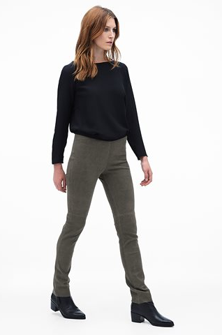 leatherpants3 [528944]
