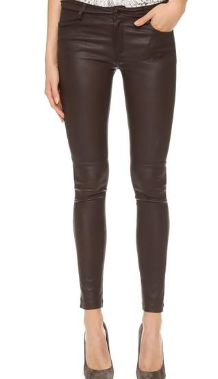 leatherpants4 [528945]