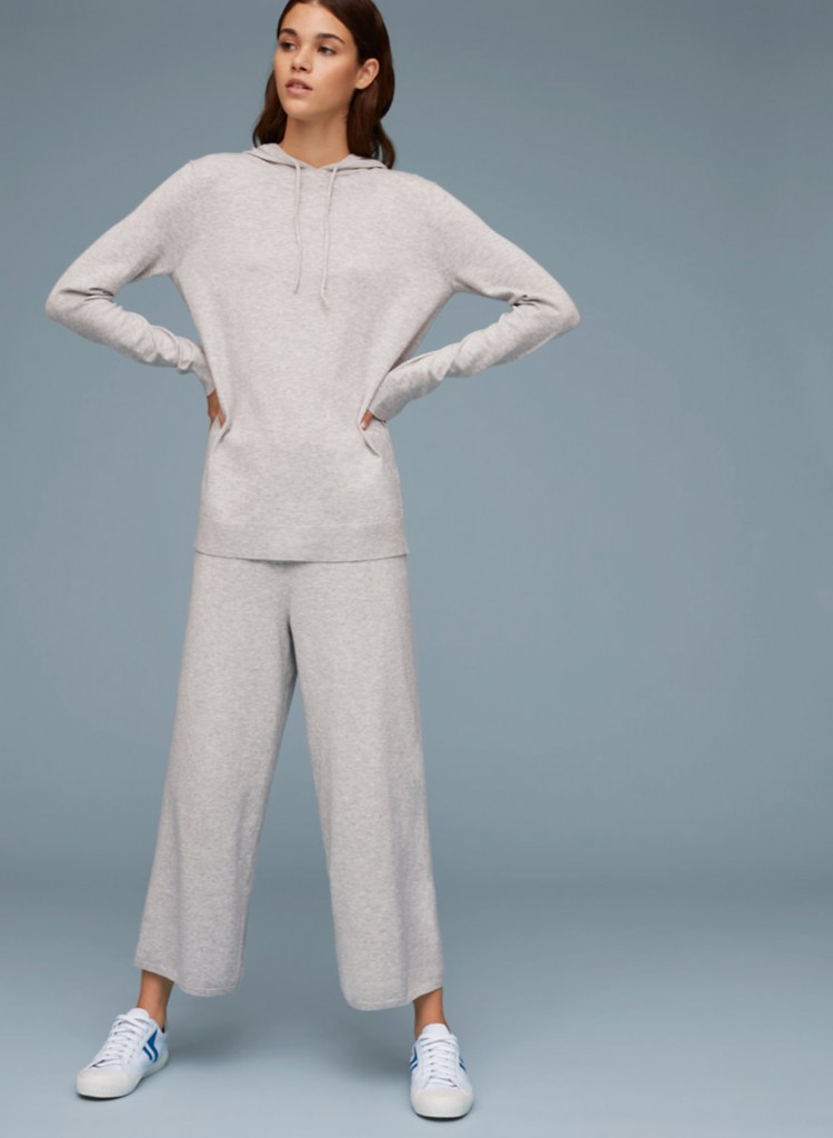 4. sweats aritzia weekend
