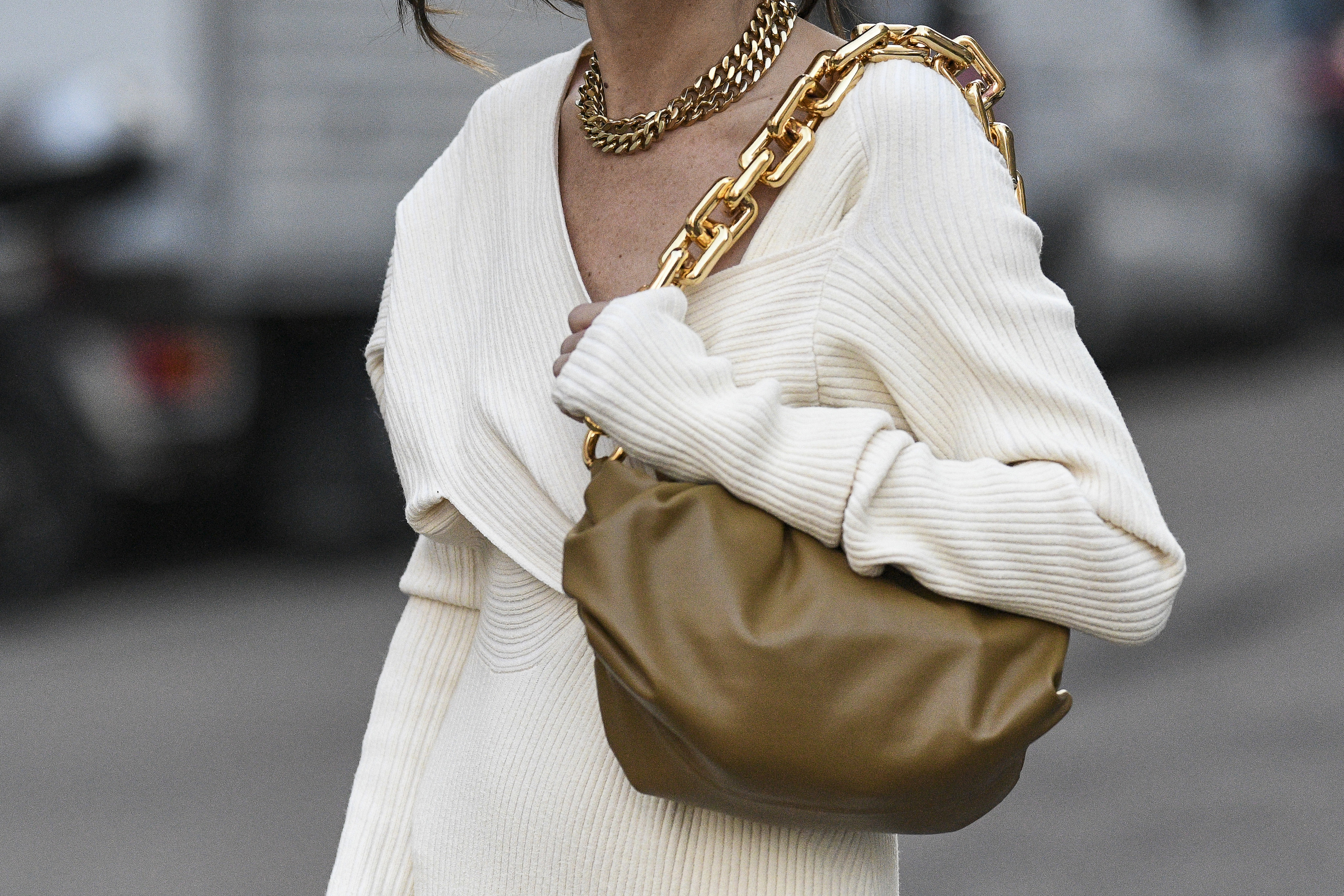 Fashion Jobs - Spring Weather Ready Bags - Style Nine to Five