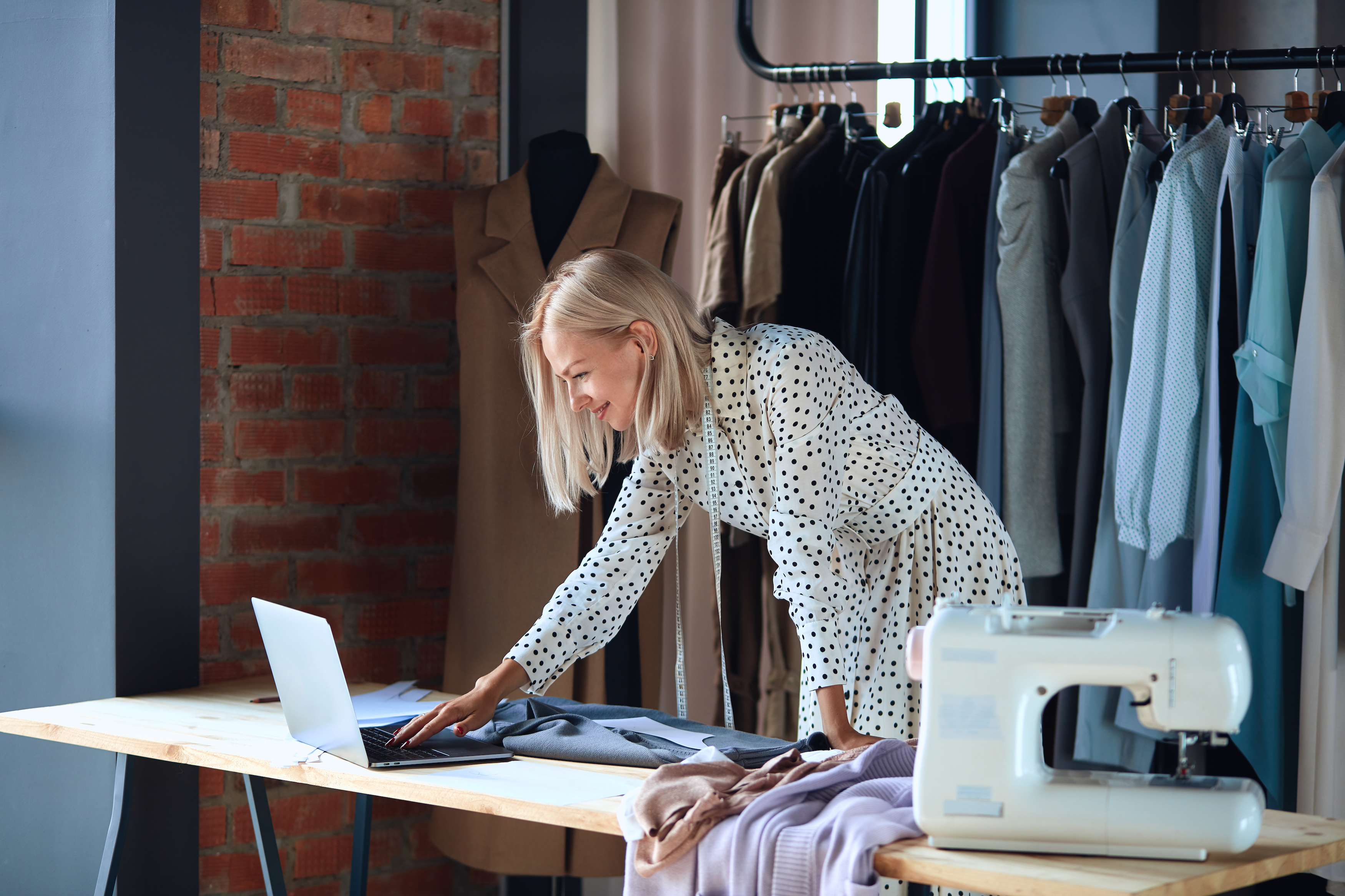 8 Fashion Companies Currently Hiring in Vancouver - Style Nine to Five