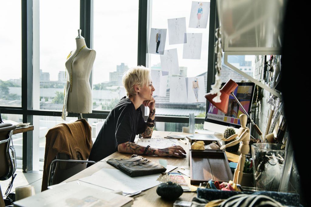 Fashion Jobs In Vancouver Fashion Jobs In Toronto Vancouver Montreal And Canada Style Nine To Five