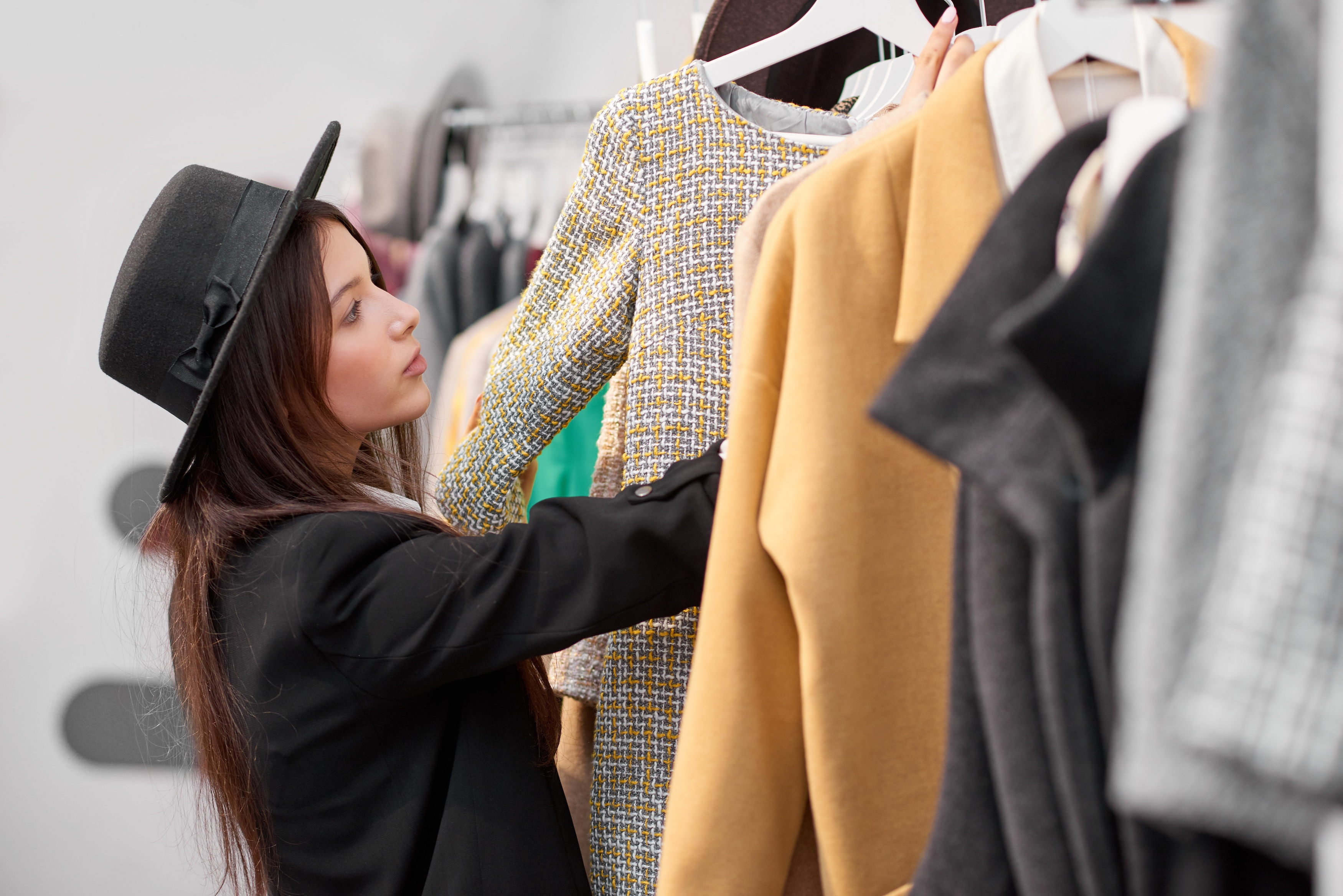 4 Valuable Takeaways From Retail Job Experience - Style Nine to Five