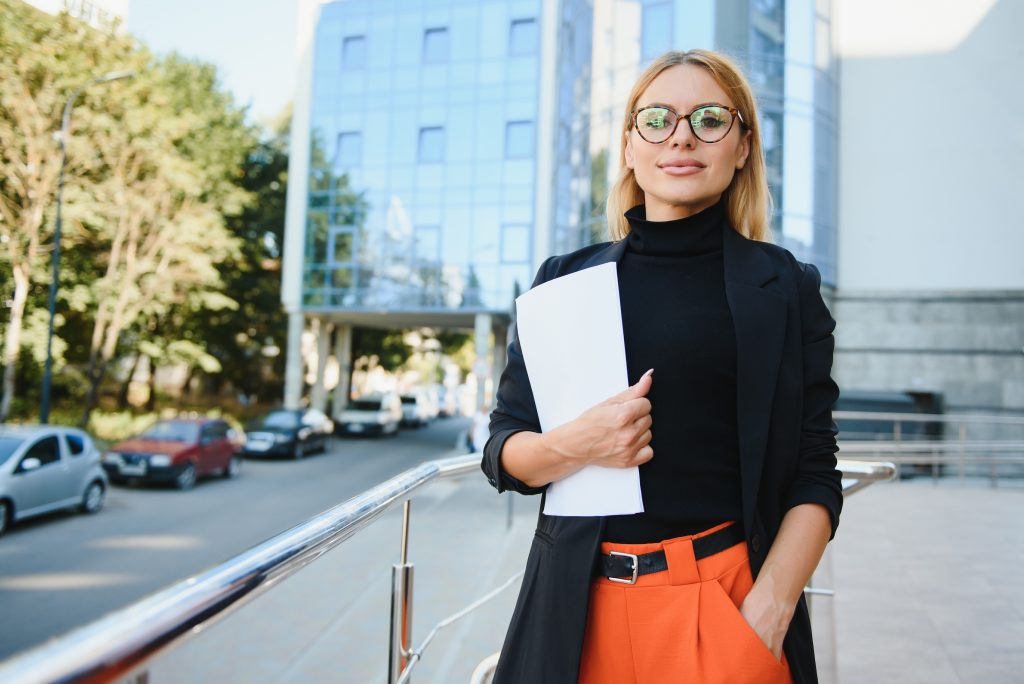 Where to Look for Job Opportunities - Style Nine to Five